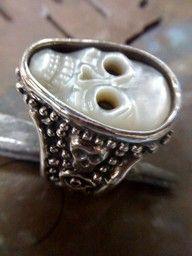 White Rain Skull Ring