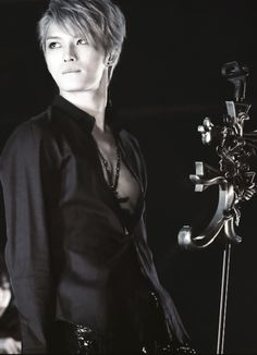 Jaejoong, member of JYJ and Kdrama actor. So flippin hot x0