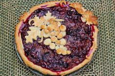 Concord Grape Pie Filling - It looks amazing! - Canning Homemade!