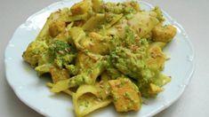 Potřebujete rychlý a chutný oběd? Vyzkoušejte tyto 15-minutové recepty z kuřecích řízků. Jsou vynikající a hlavně hned hotové – mujrecept Guacamole, Mexican, Ethnic Recipes, Fit, Anton, Bebe, Turmeric, Shape, Mexicans