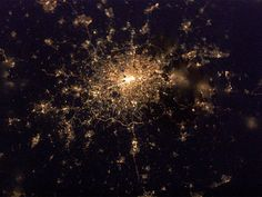 Photo of London taken from the international space station...so pretty