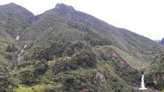 Cascadas de Chamana en Baños de Agua Santa provincia del Tungurahua en Ecuador