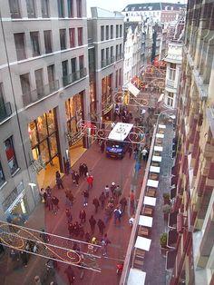 Kalverstraat - main shopping street in Amsterdam
