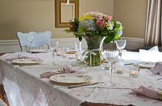 A sunny morning get together. Jade, Celebrations, Table Settings, Shabby Chic, Tableware, Party, Decor, Dinnerware, Fiesta Party