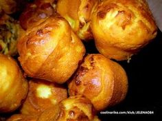 Priprema cela 2 minuta i sve mere su na casu od jogurta! Bakery Recipes, Kitchen Recipes, Brunch Recipes, Cooking Recipes, Kiflice Recipe, Croation Recipes, Bosnian Recipes, Macedonian Food, Kolaci I Torte