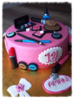 Just for Girls MaKe-up-cake