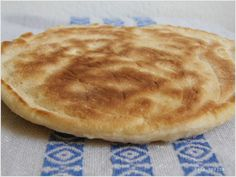 kata spájza: Naan – indiai lepénykenyér Naan, Bakery, Food And Drink, Pie, Sweets, Breakfast, Recipes, Yum Yum, Breads