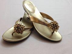 bb1a2c9f442e Calvin Klein Womens Dellah Gold Patent Flats Thong Flip-Flop Sandals SZ 7 M   CalvinKlein  FlipFlops  Casual