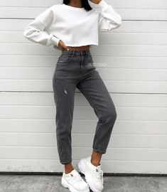 outfits for winter jeans 2020 Women Jeans Super Skinny Jeans Outfit Jeans Palazzo Cute Comfy Outfits, Teen Fashion Outfits, Mode Outfits, Retro Outfits, Cute Casual Outfits, Fall Outfits, Casual Chic, Summer Outfits, Casual Dresses