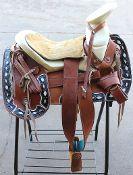 "15"" Light Brown (Cantina Redondas) Charro Saddle available at mroyalsaddles.com. #horses #charro #charrosaddle #monturacharra #sillacharra #fuste #horsesaddle"
