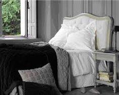 1000 images about blanc d 39 ivoire deco on pinterest armchairs poufs an - Tete de lit romantique ...