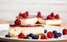 6 h y 20 mCalorias: 351FácilOs proponemos una Deliciosa tarta de queso sin horno, muy similar a la tarta de queso con arándanos y muchas …
