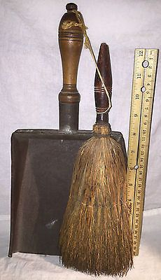 ANTIQUE-PRIMITIVE-TREEN-WOOD-WOODENWARE-TIN-DUST-PAN-WITH-UNUSUAL-WHISK-BROOM