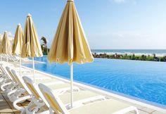 RIU hotel Sri Lanka review - swimming pool