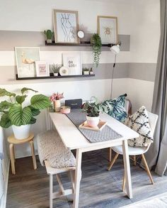 35 Inspiring Small Dining Room Design And Decor Ideas - Your dining room is a space for family meals therefore you are looking for it to have great interior design. But how can you make a small dining room . Tiny Apartment Decorating, Furniture Dining Table, Wooden Furniture, Dining Chair, Dining Rooms, Dining Area, Dining Tables, Table Bench, Farm Tables