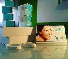 Otro pedido que se va para nuestro cliente satisfecho. Quieres el tuyo? http://anabelycarlos.jeunesseglobal.com Quieres tener unos resultados instantáneos en tu cara y en tan solo 2 minutos. La líneas finas, arrugas, ojeras e hinchazón alrededor de los ojos desaparecen por completo. Si quieres tener este producto revolucionario en tu casa visita nuestra tienda online http://anabelycarlos.jeunesseglobal.com #anabelycarlos #jeunesse #siemprejovenes #belleza #rejuvenecimiento #ageless