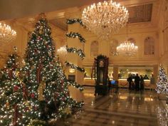 The lobby of Hotel Monteleone at Christmas