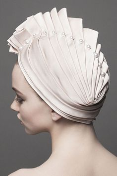 Turbans are the latest fashion trends, even brides are wearing them at their weddings.