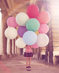 I just love big ROUND balloons!  So much more special than the expected teardrop shape.