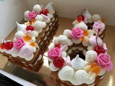 Cukrárka ukázala geniálne triky na zdobenie dezertov, za ktoré by ste si v cukrárni poriadne priplatili: Túto nádheru zvládnete celkom sami! No Bake Treats, Pavlova, Naha, Marshmallow, Food And Drink, Pudding, Baking, Drinks, Recipes