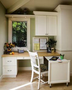 Small office space ... traditional home office by Harrell Remodeling