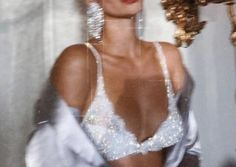 glitz and glam . Boujee Aesthetic, Bad Girl Aesthetic, Aesthetic Collage, Aesthetic Vintage, Aesthetic Pictures, Glamouröse Outfits, Summer Outfits, Casual Outfits, Look 80s