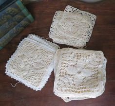 Lot of 18 Vintage Crochet Squares - 3 styles and sizes by dandelionvintage, $18.00