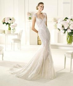 Weddbook is a content discovery engine mostly specialized on wedding concept. You can collect images, videos or articles you discovered  organize them, add your own ideas to your collections and share with other people - Pronovias