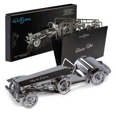 Die 3D-Modelle sind aus glänzenden Edelstahl gefertigt und sind für Technik-Freaks und Liebhaber der Mechanik ein wahres Sammler- und Dekoobjekt. Alle Modelle sind mit beweglichen Teilen versehen und können spektaulär in Szene gesetzt werden. Die gestanzten Teile werden einfach ausgebrochen und ohne Kleben mit Hilfe einer Zange zusammengesteckt. Ab 14 Jahren geeignet. Metal Earth Models, Metal Models, Metal Model Kits, Model Cars Kits, Retro Cars, Vintage Cars, Car Wash Franchise, Metal Puzzles, Hobbies For Kids