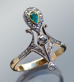 This is not contemporary - image from a gallery of vintage and/or antique objects. BELLE EPOQUE  Ring  Gold Emerald Diamond