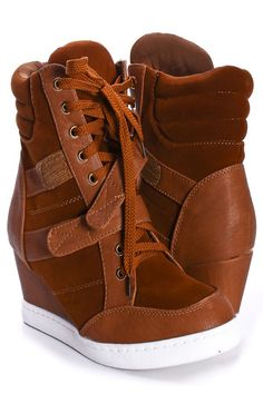 Loving sneaker wedges right now. So comfortable.