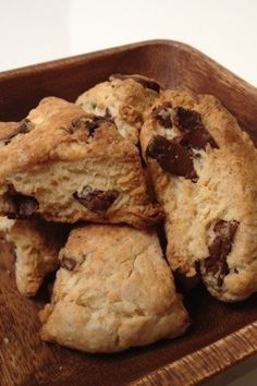 Oil scone : Starbucks-style chocolate scones ☆ simple small amount recipes