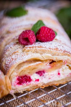 Raspberry Cheesecake Danish - Puff pastry braid filled with cheesecake and raspberries is impressive Puff Pastry Desserts, Puff Pastry Recipes, Raspberry Desserts, Raspberry Cheesecake, Homemade Desserts, Delicious Desserts, Yummy Food, Sweet Desserts, Croissants
