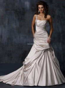 Just say YES to the dress wedding-ideas