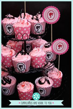 Find a selection of Barbie cupcakes for your Barbie themed birthday party or event. Barbie Theme Party, Barbie Birthday Party, 6th Birthday Parties, Birthday Cake Girls, Birthday Ideas, Bolo Barbie, Barbie Cake, Barbie Cupcakes, Cupcake Party