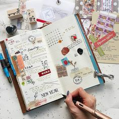 Week 52 of 2016 #midori #travelersnotebook #travelersfactory #designphil #journal #journallover #keepanotebook #keepwriting #stationeryaddict #loveforstationery #手帐 #手帐好朋友 #文具控