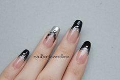 elegant christmas nail art   Nail Art Overdose: Elegant Chevron French with Filigrees