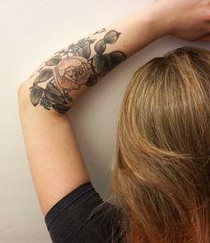 Kirsten Holliday Floral botany botanical flower tattoo