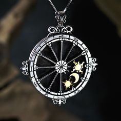 (Pinned by Krystalle/DeviousRose) http://www.ka-gold-jewelry.com/images/products-500//trinity-talisman/trinity-g-s914.jpg