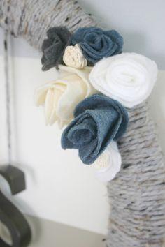 DIY Holiday Wreath | Lacquer & Linen