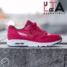 #nike #airmax #ultraessentail #nikeair  Nike Air Max 1 Ultra Essentail – The Nike Air Max 1 is the legendary sneaker that was designed by Tinker hatfield in 1987. The Nike Air Max 1 was the first Nike runner with a visible Air unit. This new Air Max 1 edition is made from from mesh and suede in a red colorway.  Now online available | Priced at 134.99 EU | Wmns Sizes 35.5 – 43 EU |
