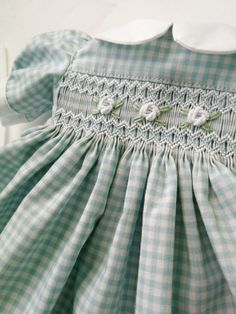 Handmade clothes and shoes for dolls by StudioDollClothes Smocking Tutorial, Smocking Patterns, Girls Dresses Sewing, Baby Girl Dresses, Smocked Baby Clothes, Ag Doll Clothes, Dress Tutorials, Heirloom Sewing, Smock Dress