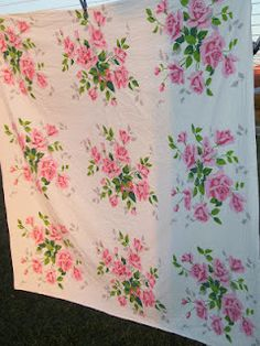 Pretty Pink Roses tablecloth