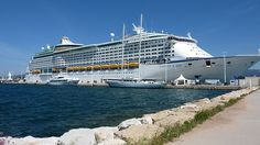 Royal Caribbean Cruise Lines - Voyager of the Seas