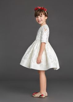 http://www.dolcegabbana.com/child/collection/dolce-and-gabbana-winter-2016-child-collection-10/