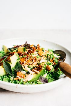 Broccoli Crunch Salad with Creamy Cashew Honey Mustard Dressing | TENDING the TABLE