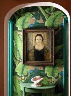 Waan je in de jungle met het Martinique Banana Leaf wallpaper van Hinson - Roomed | roomed.nl
