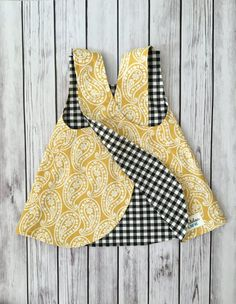 Newest Free sewing baby dress Thoughts Gelbes Babykleid Checker Babykleid Gelbes Kleinkindkleid Baby Frock Pattern, Baby Girl Dress Patterns, Baby Clothes Patterns, Frock Patterns, Clothing Patterns, Stylish Dresses For Girls, Dresses Kids Girl, Kids Outfits, Baby Dresses