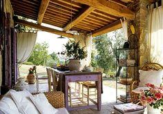 vintage-terrassenmöbel aus Holz-geflochtenes Sofa-Windschutz-Vorhänge