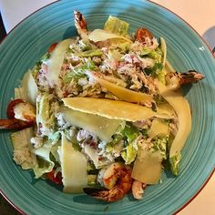 Shrimp and lobster Cesar salad at the beach! So fresh & yummy! - - - #keto #ketodiet #ketosis #ketogenic #livinglifeketo #yummy #lchflifestyle #lowcarb #lowcarbhighfat #delish #weightloss #weightlossjourney #losingweight #food #foodie #foodpics #foodporn #sandiego #foodphotography #foodblogger #yummy #yummyfood #cleaneating #healthyfood #lajolla #salad #crab #shrimp #beach #lunch #picoftheday #lajollalocals #sandiegoconnection #sdlocals - posted by Living.life.keto…
